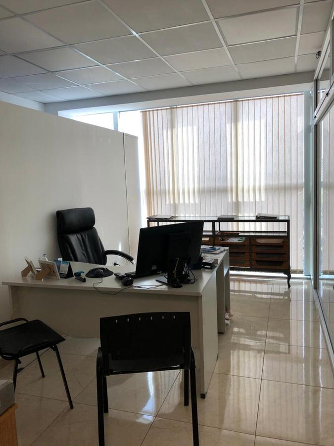 Foto Oficina en Venta en  Neuquen,  Confluencia   Diagonal 25 de mayo al 200