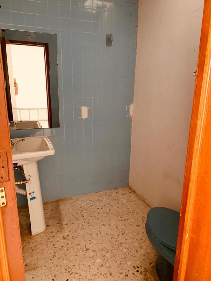 Foto Local en Renta en  León ,  Guanajuato  Local en centro comercial en renta en Arbide / León (Guanajuato).