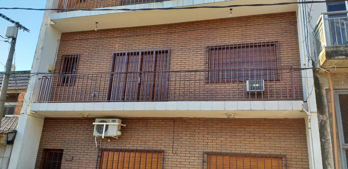 Foto Departamento en Alquiler en  Ramos Mejia,  La Matanza  Rawson al 100