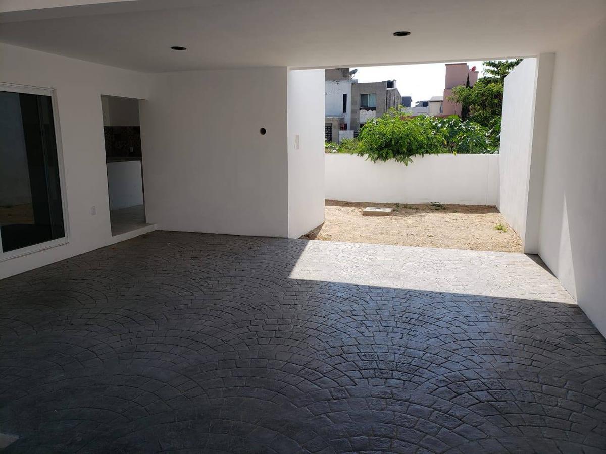 Foto Casa en Venta en  Ciudad Madero ,  Tamaulipas  Amplia casa en Fraccionamiento 18 de Marzo