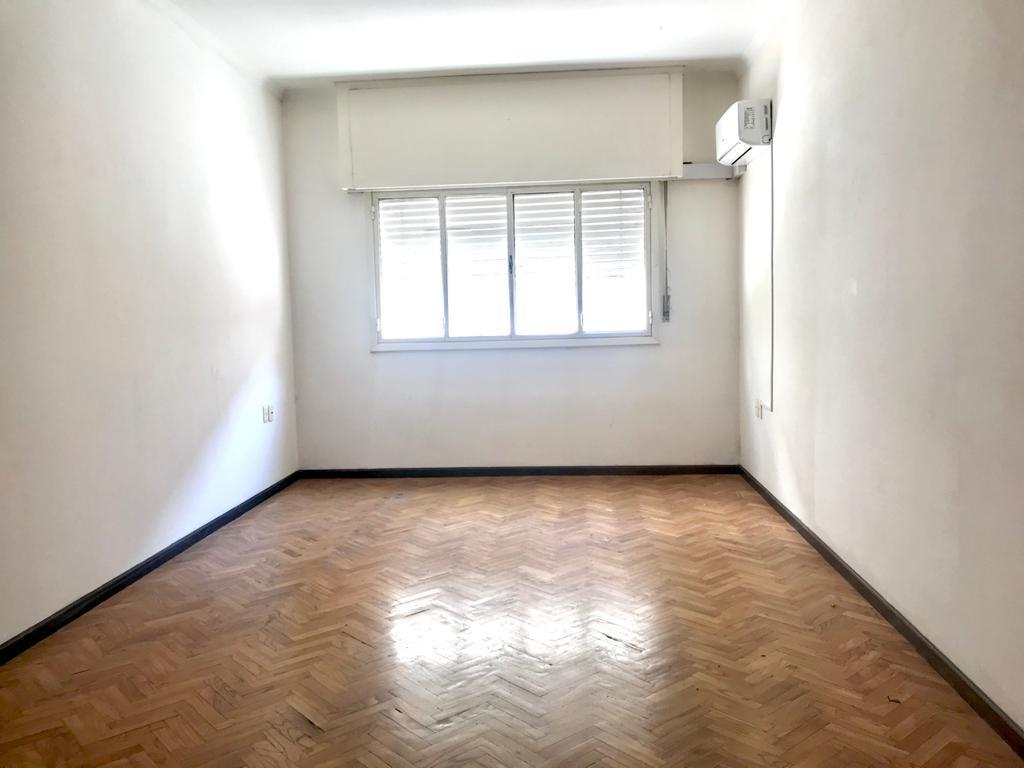 Foto Departamento en Venta en  Pocitos ,  Montevideo  Ellauri y Scoseria