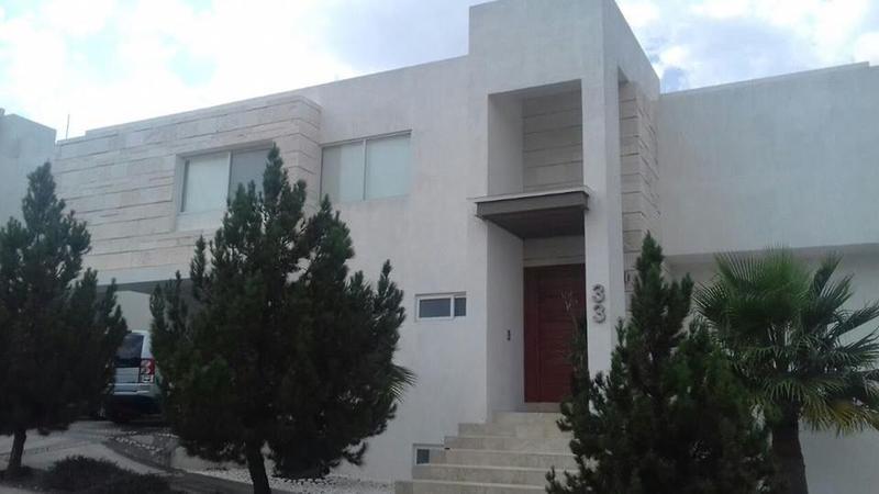 Foto Casa en Venta en  Club de Golf la Loma,  San Luis Potosí  CASA EN VENTA Y RENTA EN LA LOMA CLUB DE GOLF, SAN LUIS POTOSI
