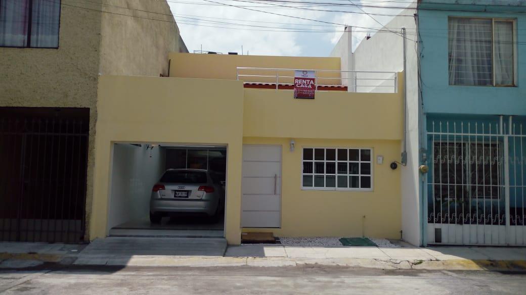Foto Casa en Venta en  Toluca ,  Edo. de México  CASA EN VENTA O RENTA  LAS FLORES