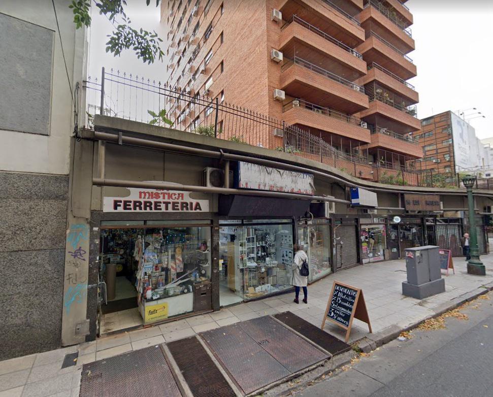 Foto Local en Venta en  Recoleta ,  Capital Federal  ARENALES 2800