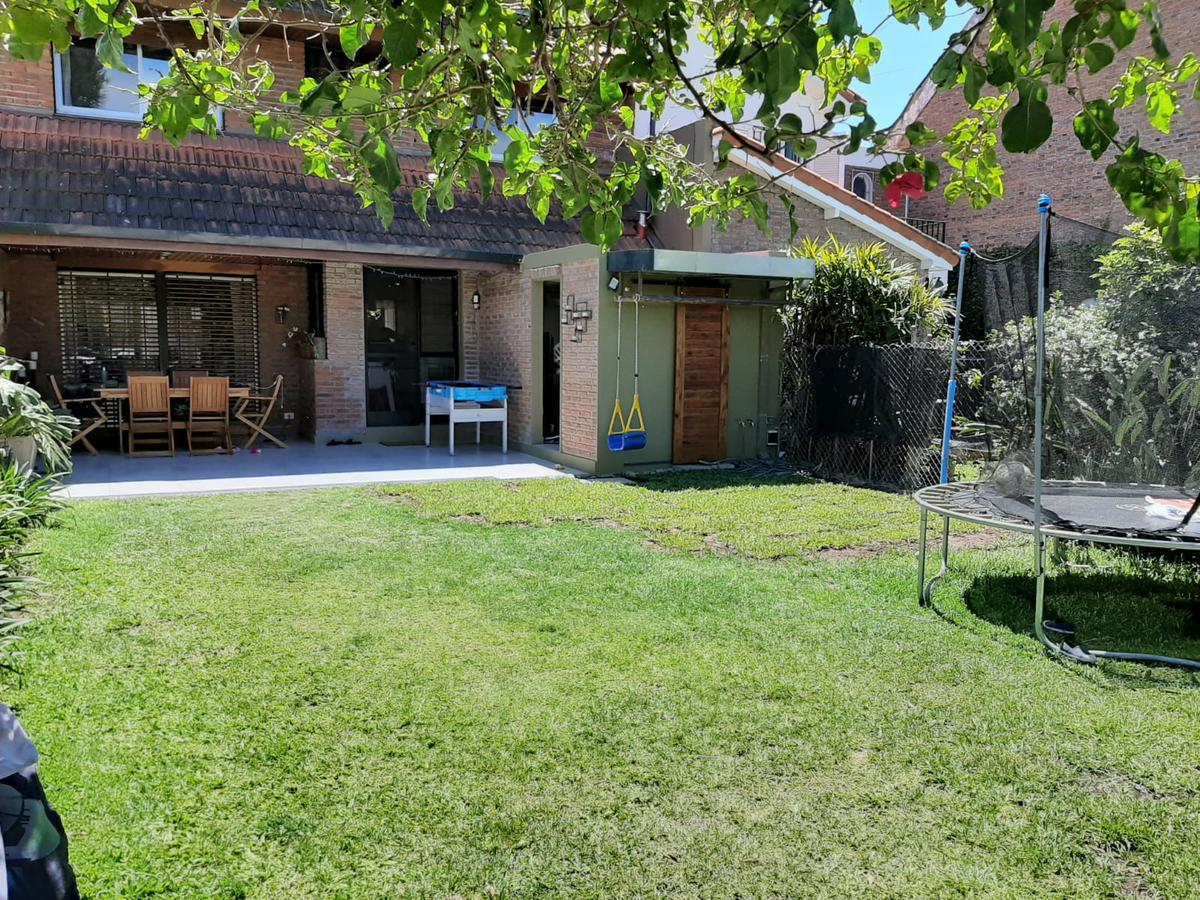 Foto Casa en Alquiler temporario en  Mart.-Santa Fe/Fleming,  Martinez  Vélez Sarfield al 200