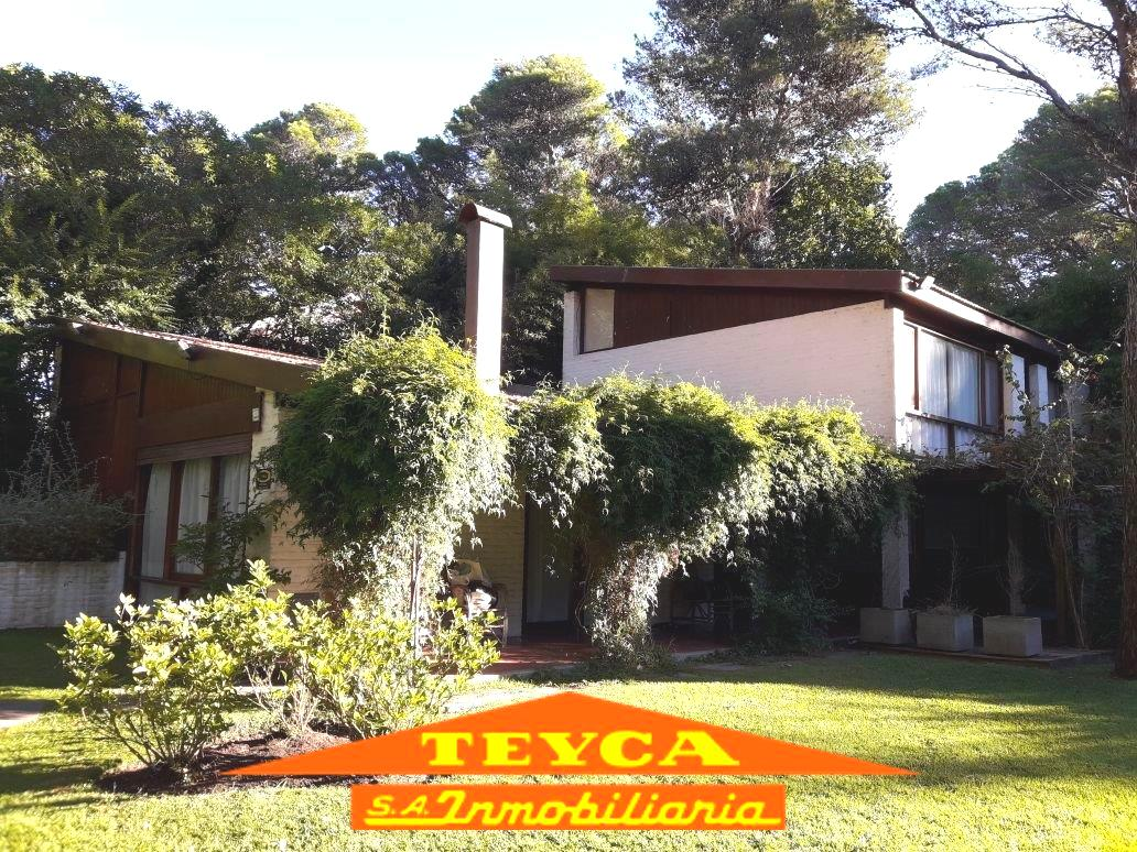 Foto Casa en Venta en  Bosque,  Pinamar  Marco Polo 976 E/ Silfides y Gulliver