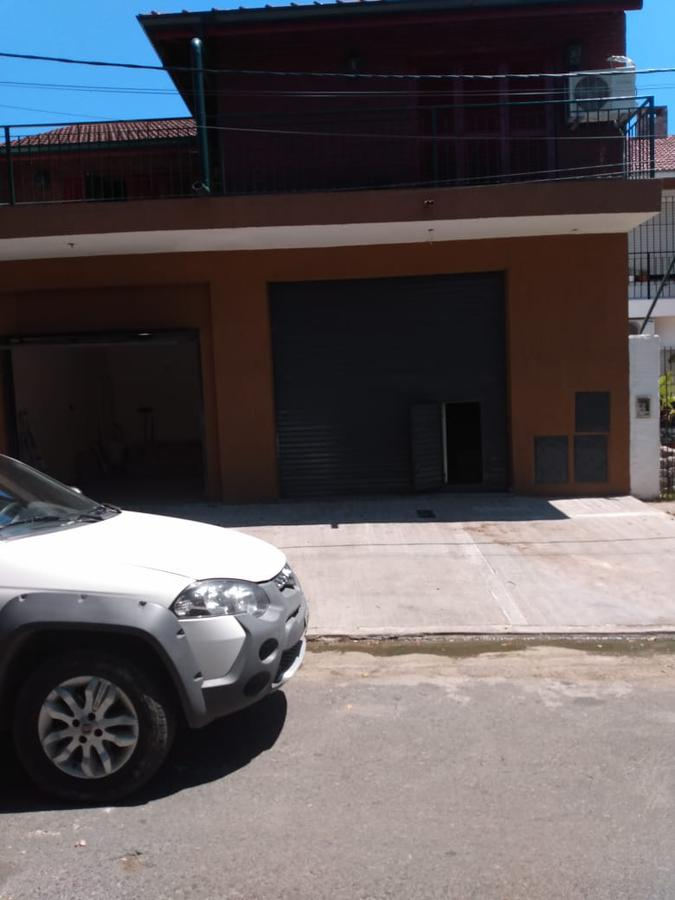 Foto Local en Alquiler en  Berazategui,  Berazategui  Calle 22 A N° 5202 e/151 y 153
