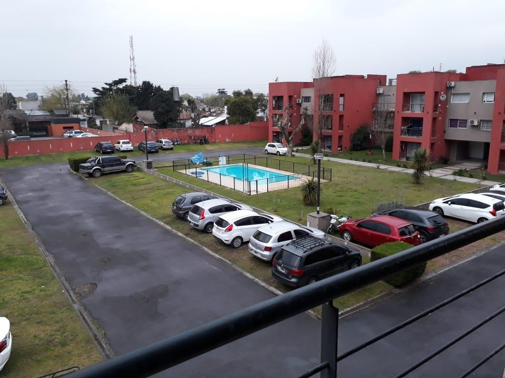 Foto Cochera en Alquiler en  San Miguel,  San Miguel  Pringles al 800