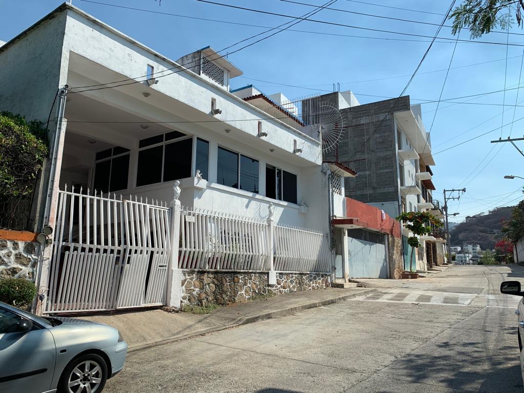 Foto Casa en Venta en  Fraccionamiento Lomas de Magallanes,  Acapulco de Juárez  TAHITI 129-C