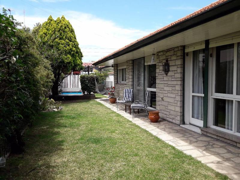 Foto Casa en Venta en  Quilmes ,  G.B.A. Zona Sur  Berutti 3100