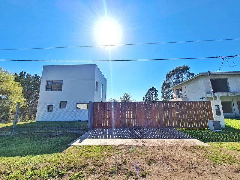 Foto Casa en Venta en  Sierra De Los Padres,  Mar Del Plata  Inciensos 1