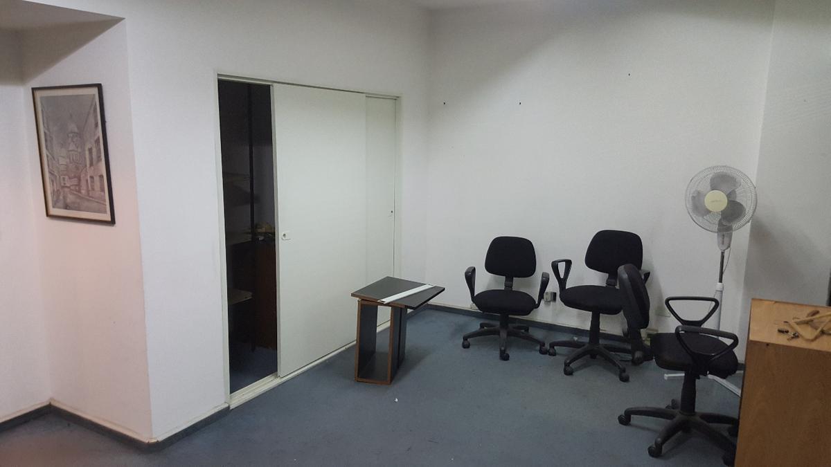 Foto Oficina en Alquiler | Venta en  Monserrat,  Centro (Capital Federal)  PIEDRAS al 500