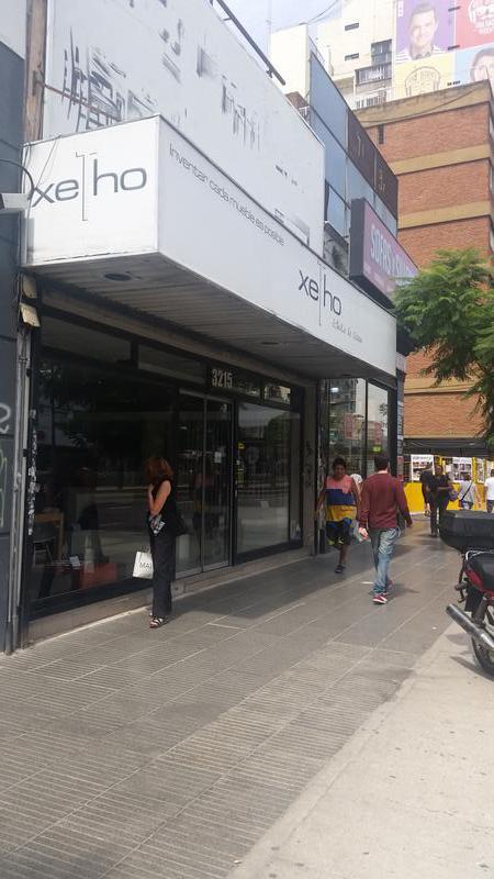 Foto Local en Alquiler en  Belgrano ,  Capital Federal  Av. Cabildo al 3200