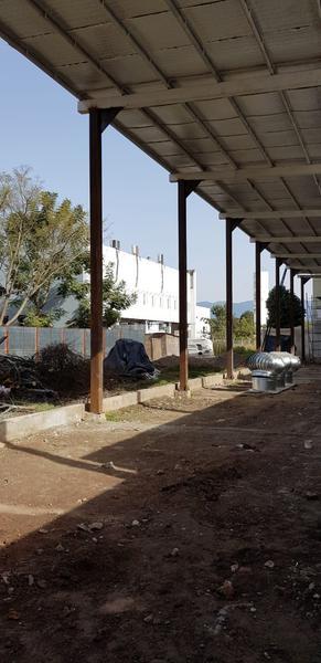 Foto Local en Alquiler en  San Miguel De Tucumán,  Capital  Av. Adolfo de la Vega al 400