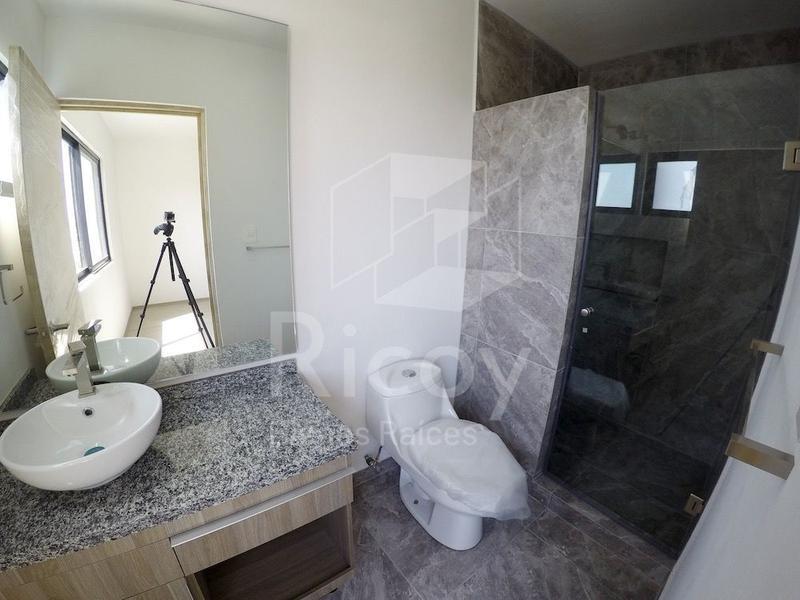 Foto Casa en Venta en  Colinas de Juriquilla,  Querétaro  Estrene casa en Juriquilla