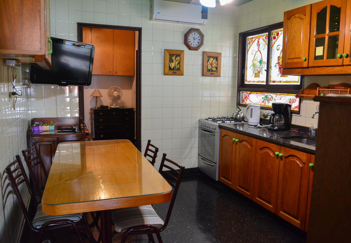 Foto Departamento en Venta en  Recoleta ,  Capital Federal  Paraguay 1600