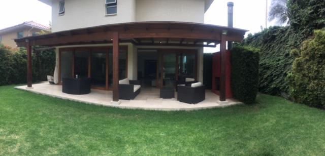 Foto Casa en Venta | Alquiler en  Cumbayá,  Quito  San Bernardino
