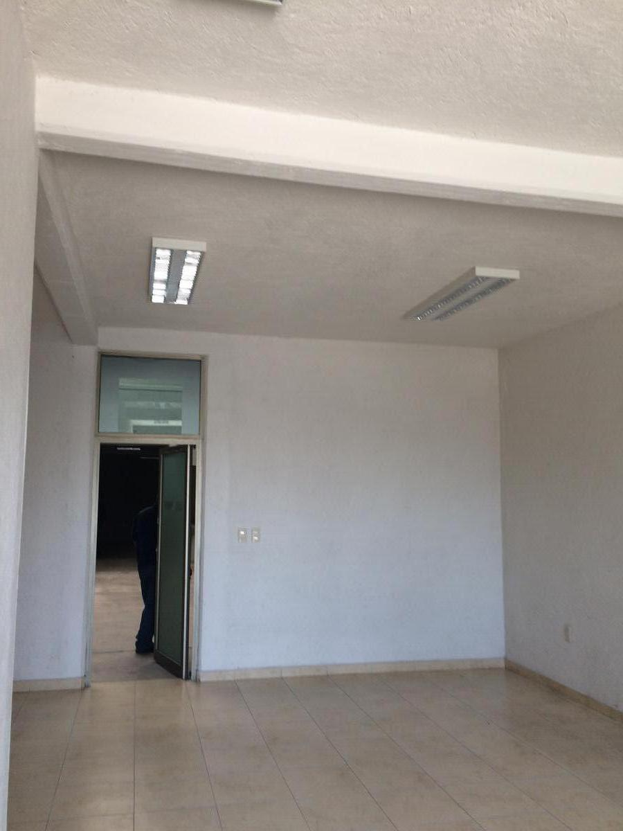 Foto Bodega Industrial en Venta en  Toluca,  Toluca  Toluca