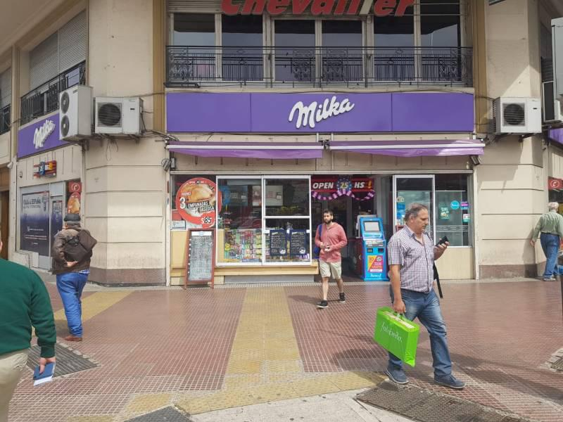 Foto Local en Alquiler en  Barrio Norte ,  Capital Federal  Avenida Córdoba  al 1100