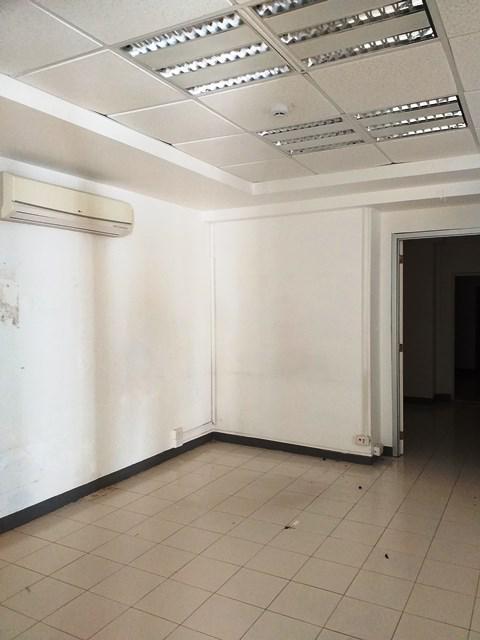 Foto Oficina en Renta en  Fraccionamiento Itzaes,  Mérida  Oficina en renta en Merida, avenida Itzaes, amplias áreas de trabajo