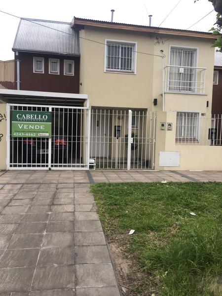 Foto Casa en Venta en  Lomas de Zamora Oeste,  Lomas De Zamora  POSADAS al 100