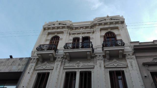 Foto Departamento en Alquiler   Venta en  Ciudad Vieja ,  Montevideo  Ciudad Vieja