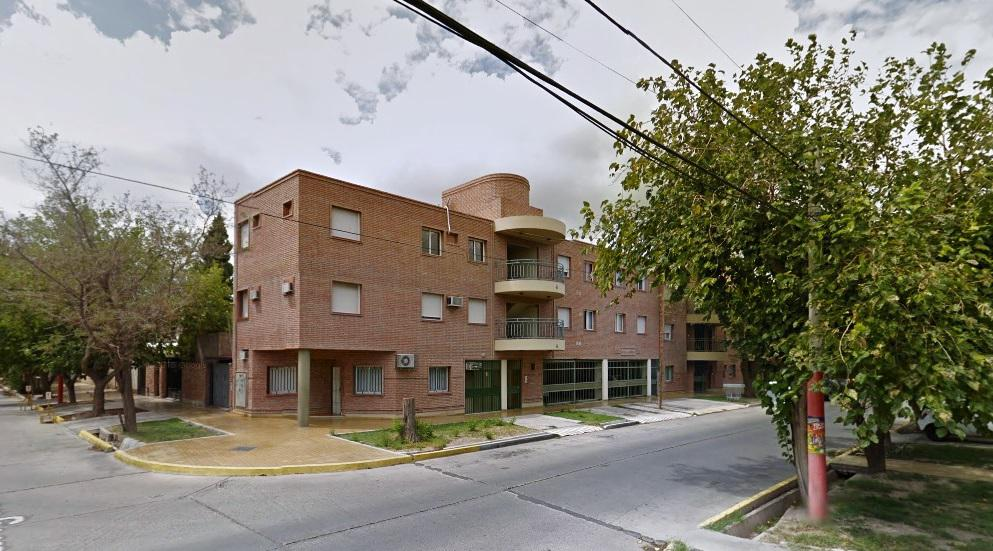 Foto Departamento en Venta en  Capital ,  San Juan  Rivadavia al 1100