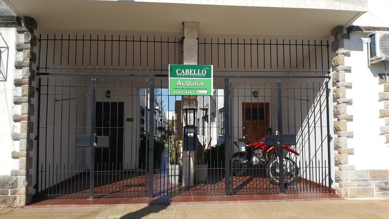 Foto Casa en Alquiler en  Lomas de Zamora Oeste,  Lomas De Zamora  MOLINA ARROTEA al 1400