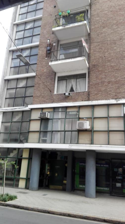 Foto Departamento en Alquiler en  Microcentro,  Rosario  RIOJA al 1100