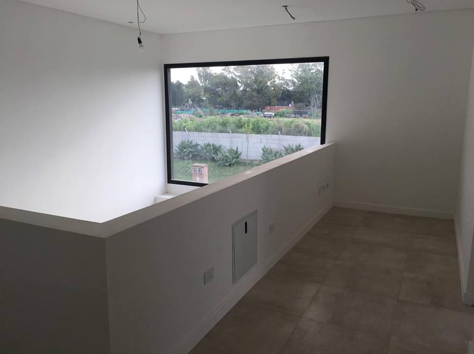 Foto Casa en Venta en  Tigre,  Tigre  Venta. Casa 3 dormitorios con dependencia y escritorio en Tipas, Nordelta