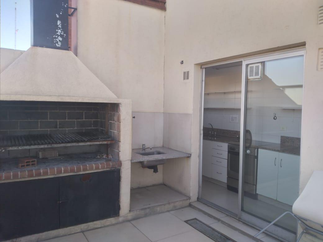 Foto Departamento en Alquiler en  Palermo ,  Capital Federal  Juncal al 3100 piso 11 - Alto Palermo