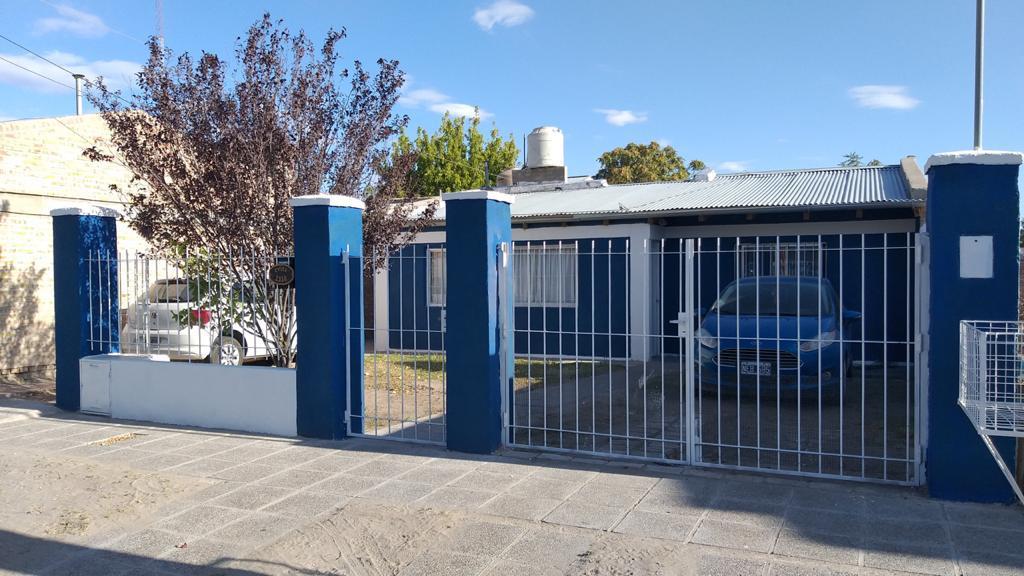 Foto Casa en Venta en  General Roca ,  Rio Negro  EVITA N° 2358