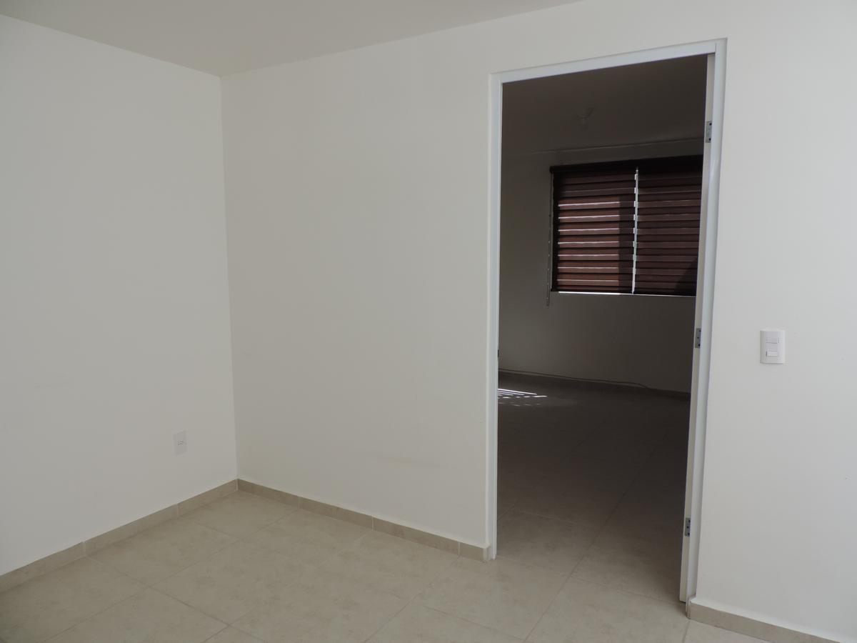 Foto Casa en Renta en  Fraccionamiento Cordillera,  León  Casa en Cordillera Residencial (habitación planta baja)