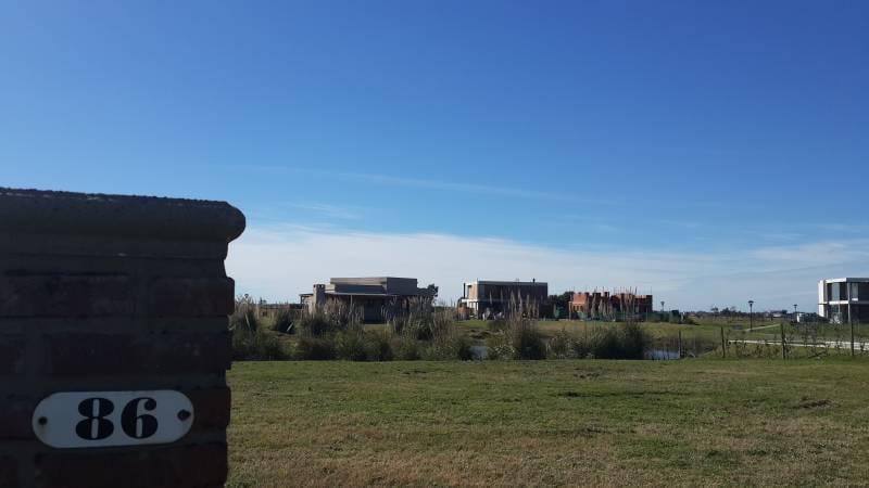 Foto Terreno en Venta en  El Canton,  Countries/B.Cerrado  Barrio Islas 86