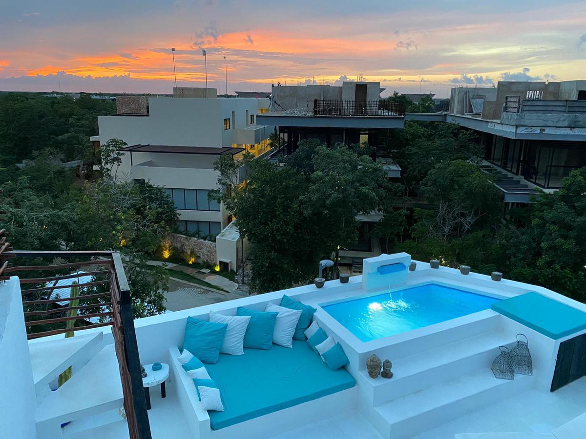 Foto Departamento en Renta | Renta temporal en  Quintana Roo ,  Quintana Roo  Increible oportunidad de inversion , PH de 3 niveles en Aldea Zama