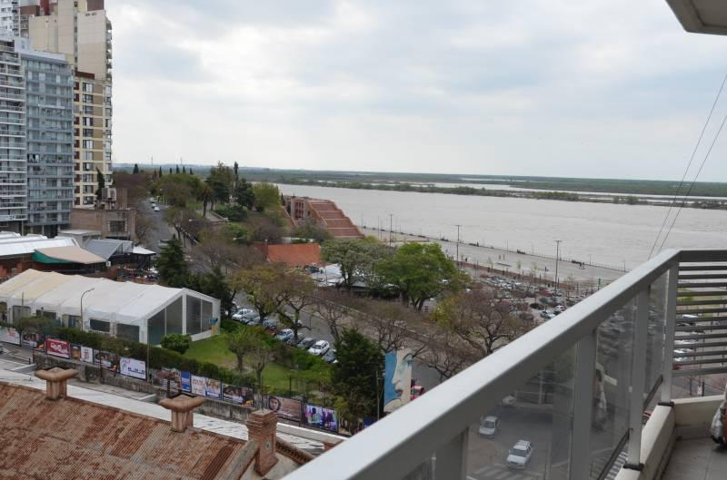 Foto Departamento en Venta en  Centro,  Rosario  Departamento 1 Dormitorio 75m2 Piso Exclusivo Vista Río