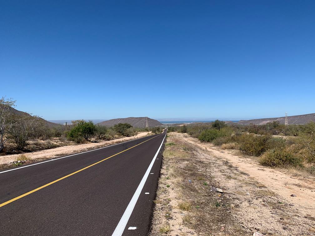Foto Terreno en Venta en  Mezquitito,  La Paz  TERRENO -2-  CARRETERA LOS PLANES - KM 6 974.