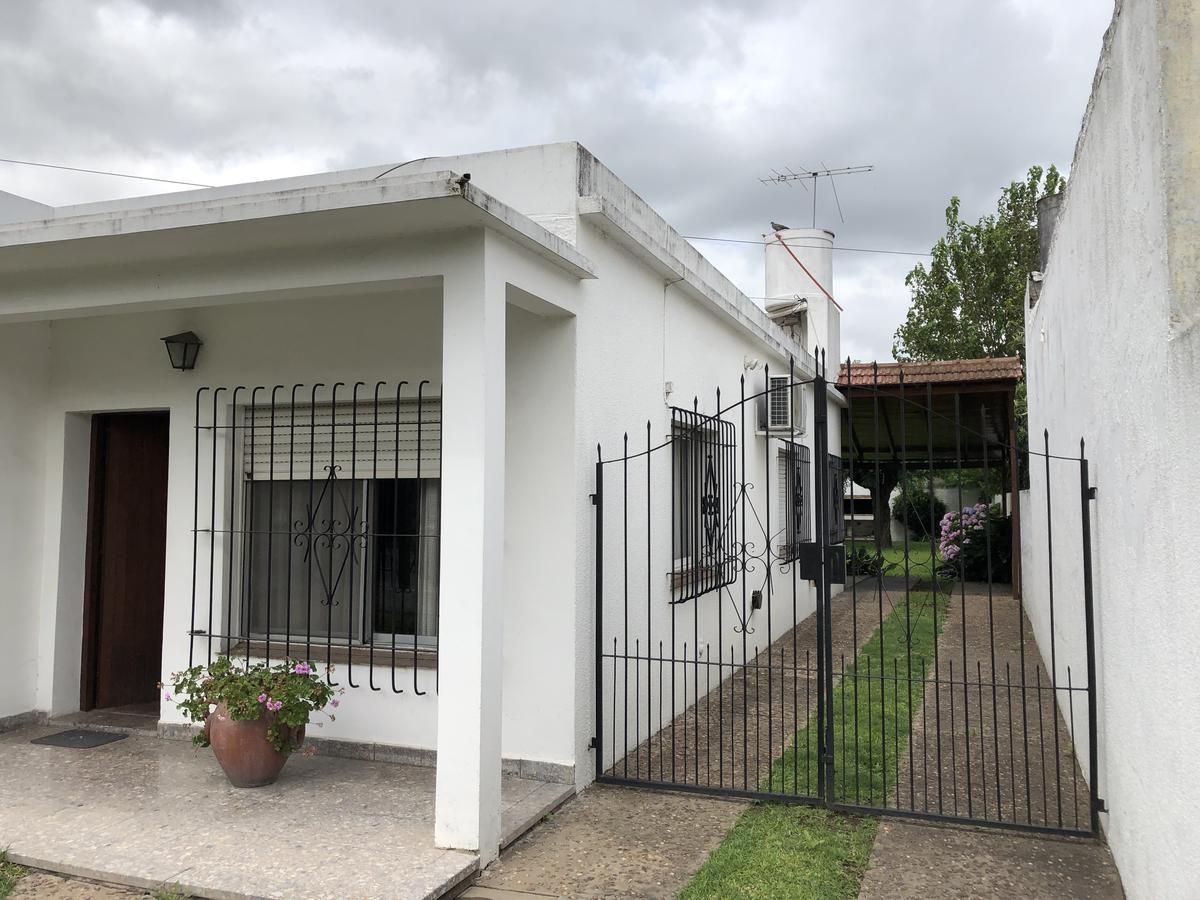 Foto Casa en Venta en  Garin,  Escobar  Lamberti al 1400