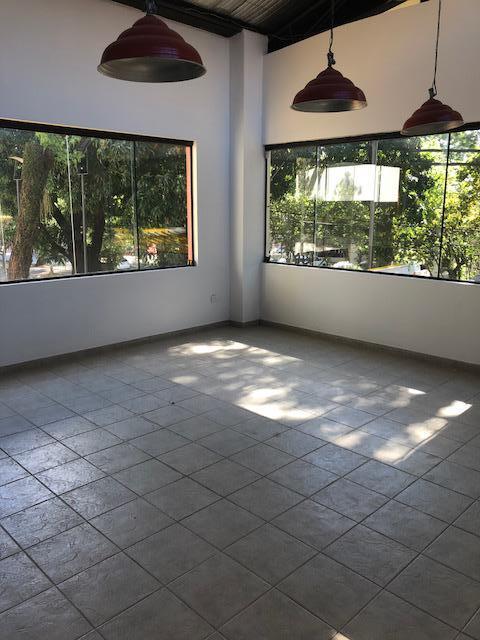 Foto Local en Alquiler en  Villa Morra,  La Recoleta  Avenida Boggiani