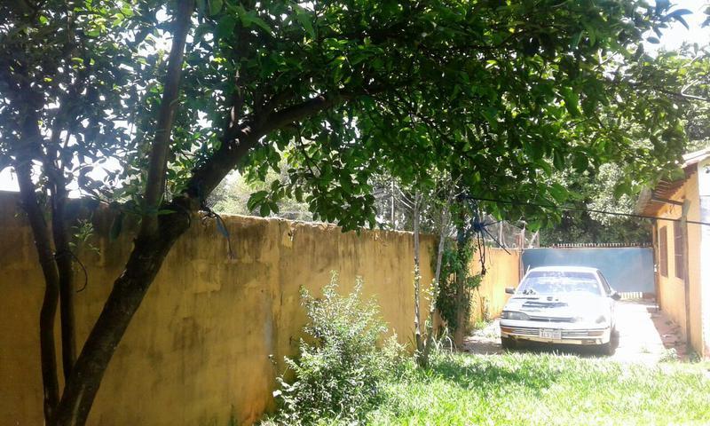 Foto Casa en Venta en  Laurelty,  Luque  Zona Laurelty