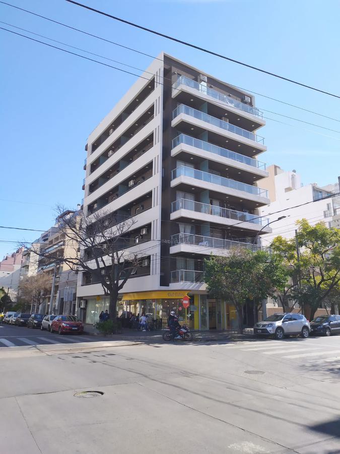 Foto Departamento en Venta en  General Paz,  Cordoba Capital  Moderno departamento de 1 dormitorio en General Paz, Maria Reina XI, con balcón y terraza de uso exclusivo, gran vista!