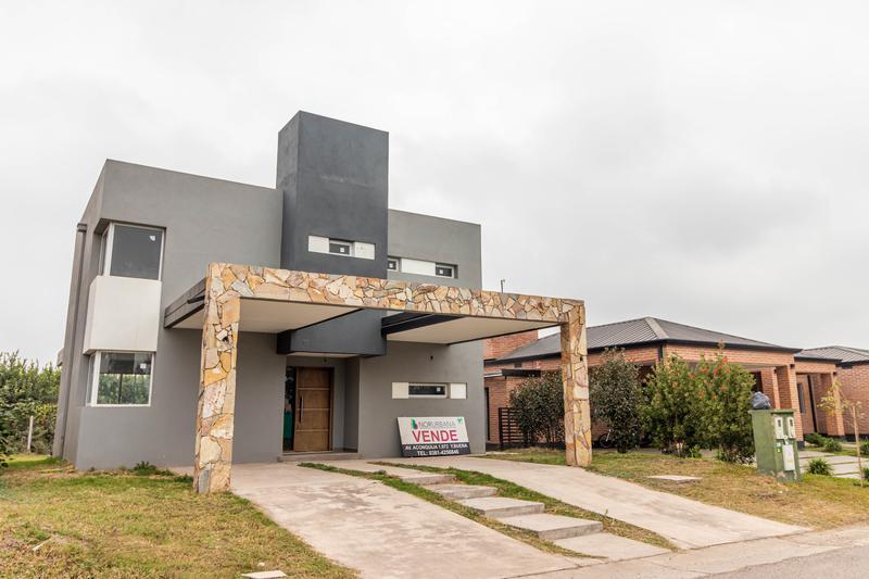 Foto Casa en Alquiler en  Tafi Viejo,  Tafi Viejo  PINAR II