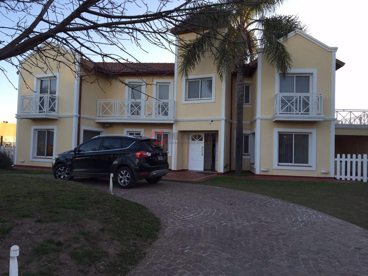 Foto Casa en Venta |  en  Villa Allende,  Cordoba Capital  CERRO INTIHUASI
