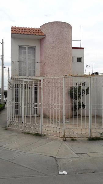 Foto Casa en Renta en  San Rafael,  San Luis Potosí  CASA EN RENTA  POR CARRT.RIO VERDE Y PERIFERICO