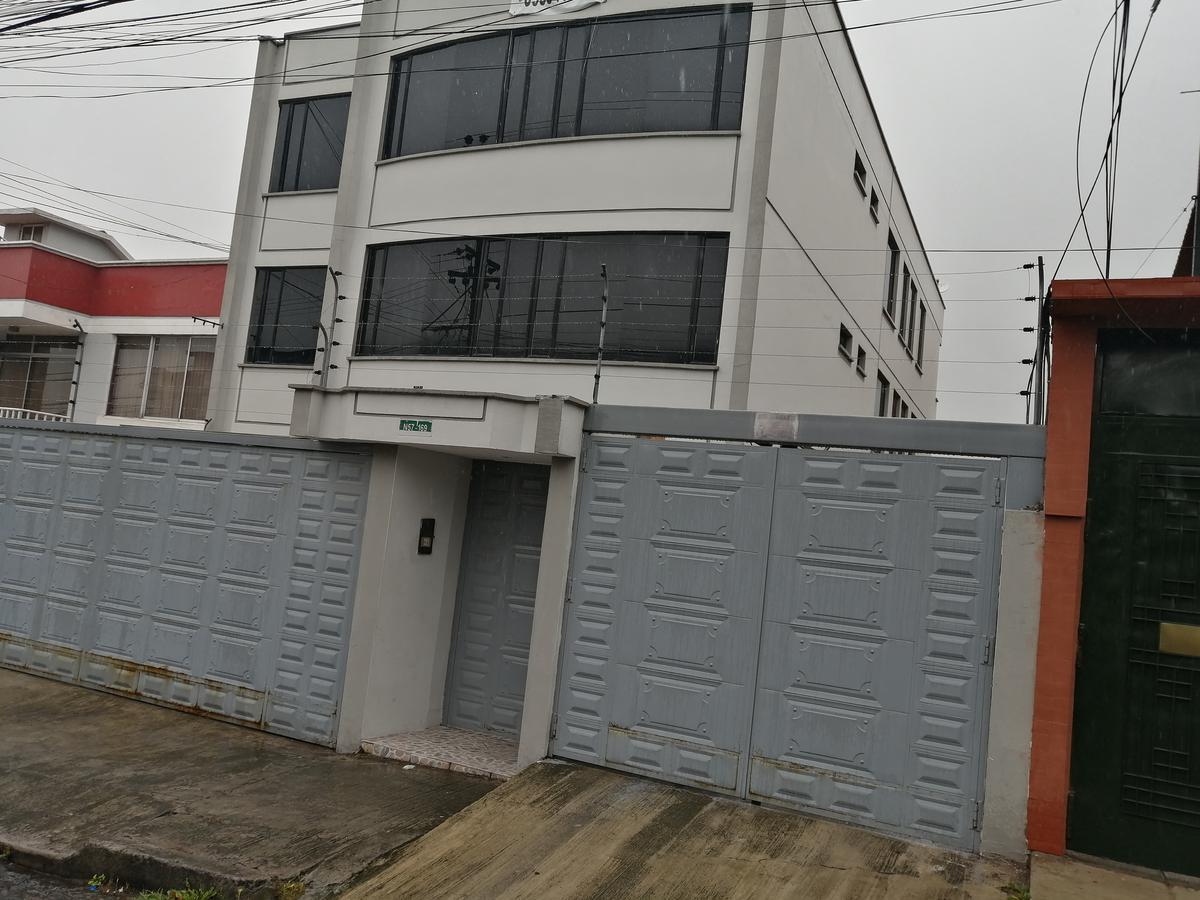 Foto Departamento en Alquiler | Alquiler en  Norte de Quito,  Quito  Departamento Duplex de Renta 120m2 / $450 - Sector California Alta