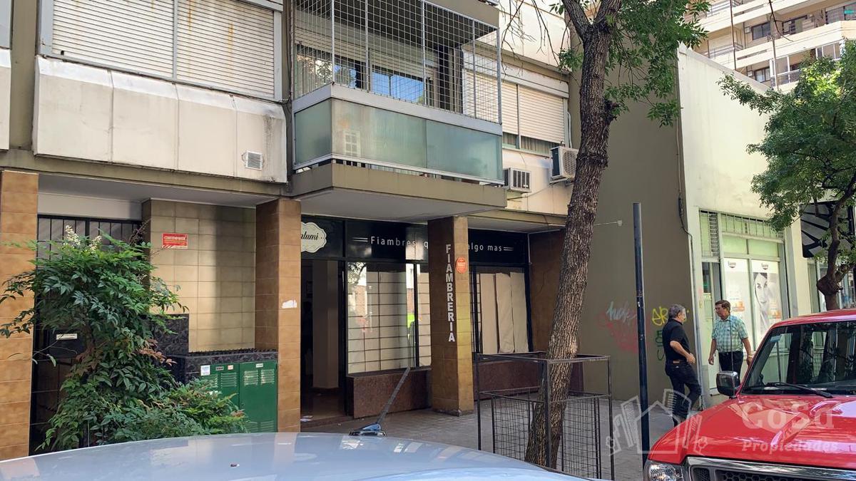 Foto Local en Venta en  Microcentro,  Rosario  España 1114