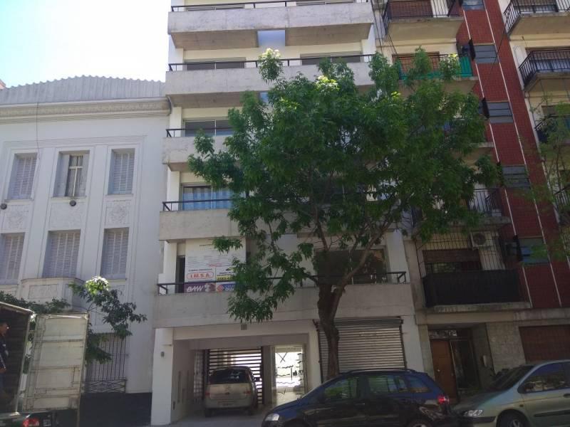 Foto Local en Venta en  Almagro ,  Capital Federal  POTOSI  al 3800