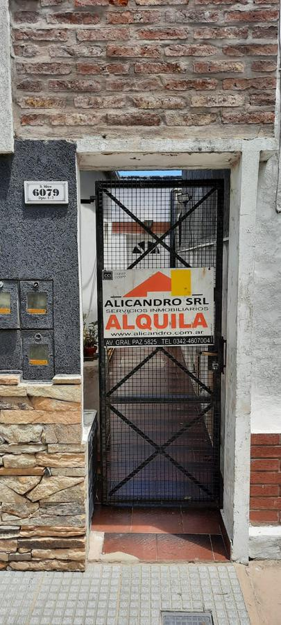 Foto Departamento en Alquiler en  Sargento Cabral,  Santa Fe  Mitre al 6000