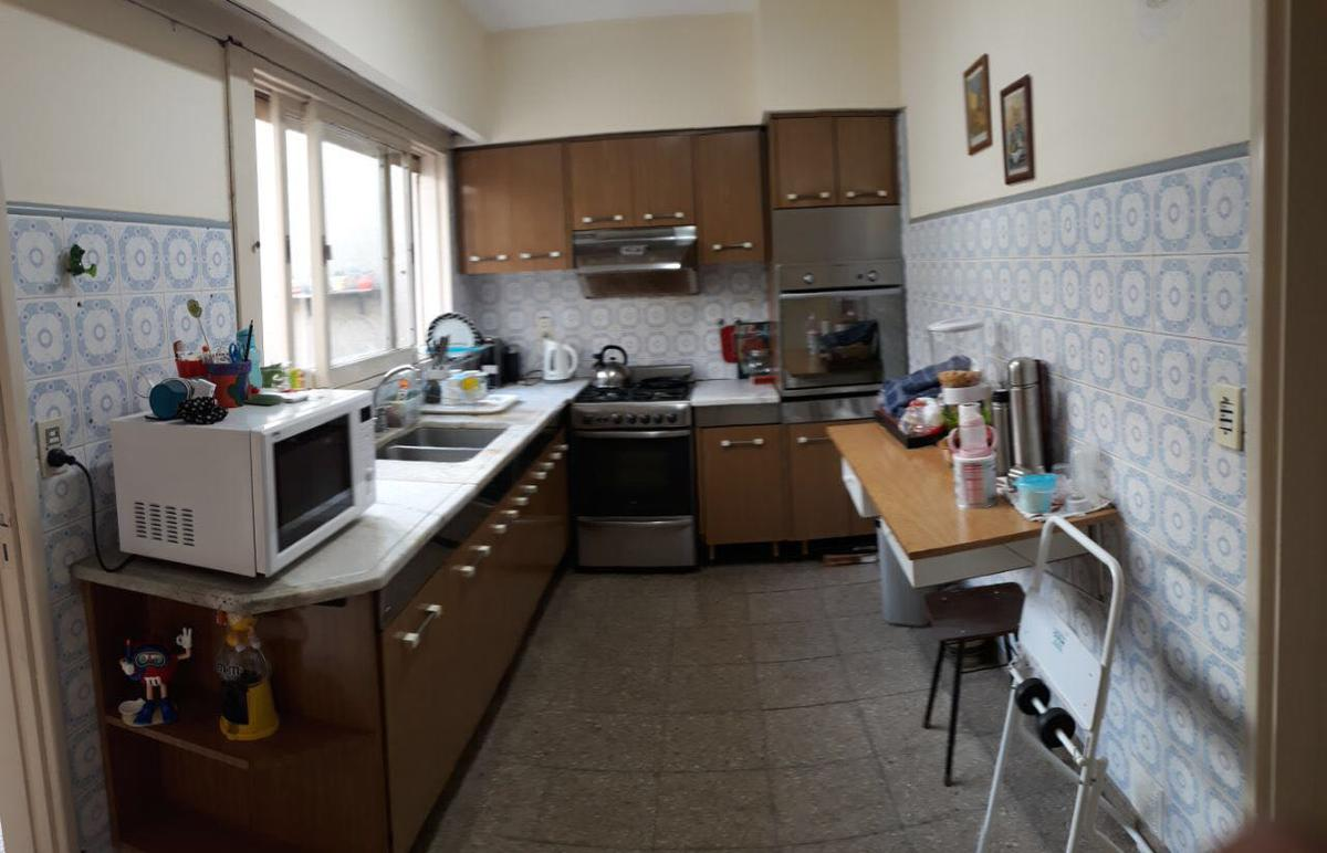 Foto Casa en Venta |  en  Colinas De V.Sarsfield,  Cordoba Capital  Igarzabal al 800