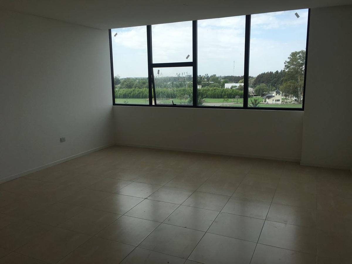 Foto Oficina en Venta | Alquiler en  Estudios del Intercontinental,  Hotel Intercontinental  Estudios de Bahía Grande. Nordelta. Oficina monoambiente.
